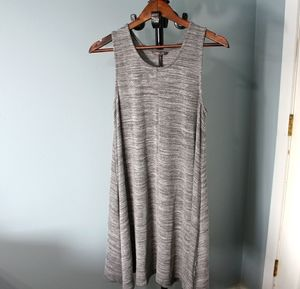 DKR Tunic dress, Size Medium, sleeveless Canadian